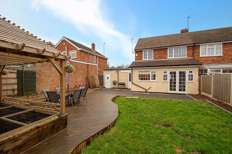 3 bed house for sale in Brierley Hill Road 16