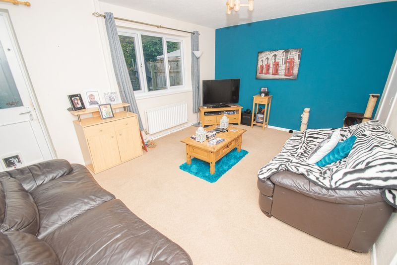 3 bed house for sale in Fordbridge Close 3