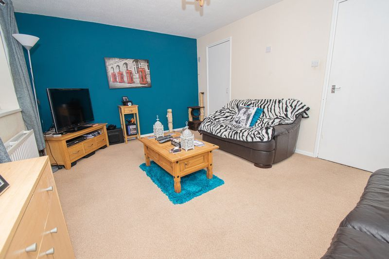 3 bed house for sale in Fordbridge Close 5