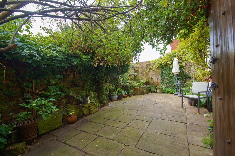 4 bed house for sale in Western Road  - Property Image 13