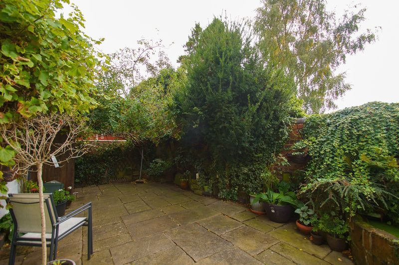 4 bed house for sale in Western Road 14