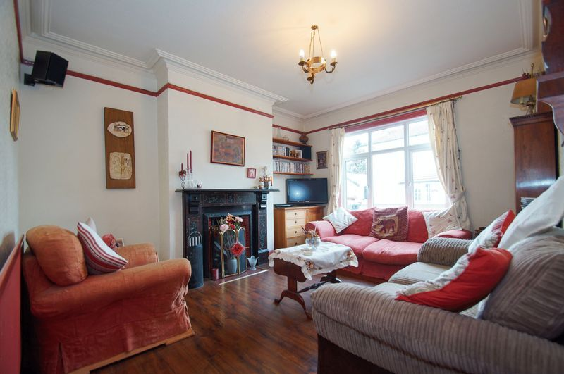 4 bed house for sale in Western Road 5