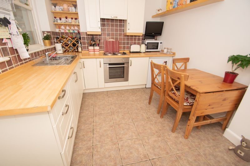 2 bed house for sale in Ridgefield Road  - Property Image 2