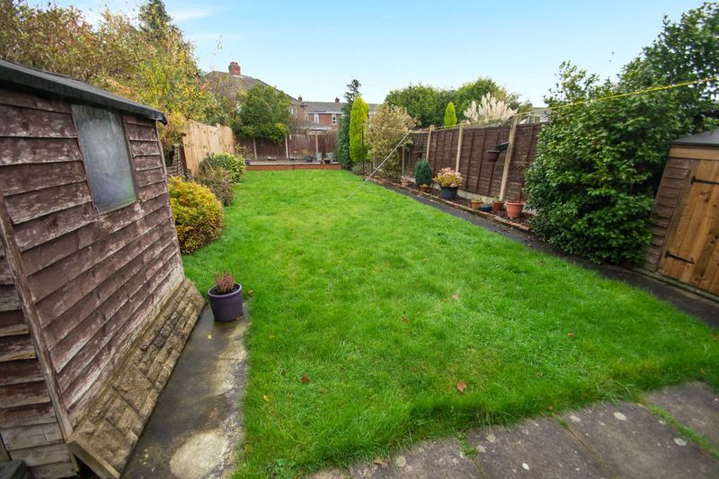 2 bed house for sale in Ridgefield Road  - Property Image 8