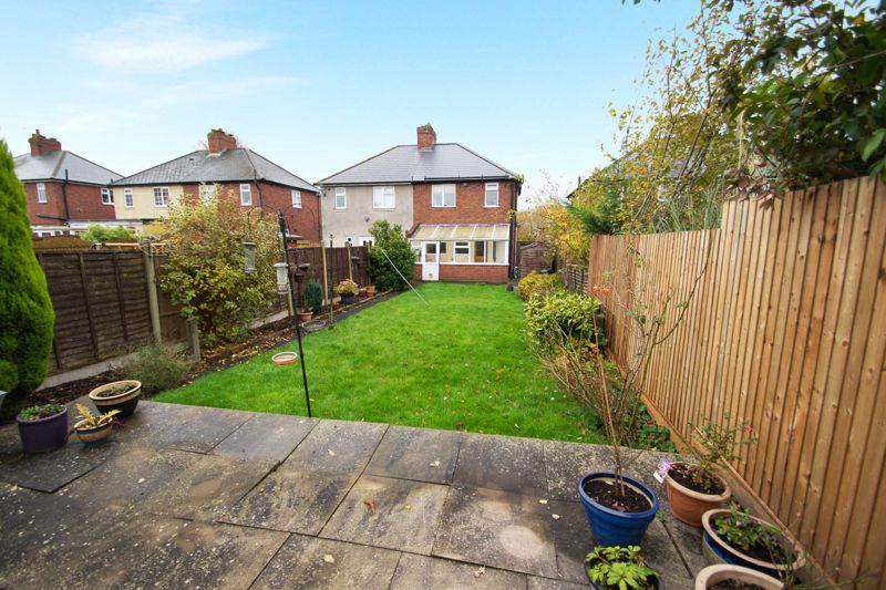 2 bed house for sale in Ridgefield Road  - Property Image 10