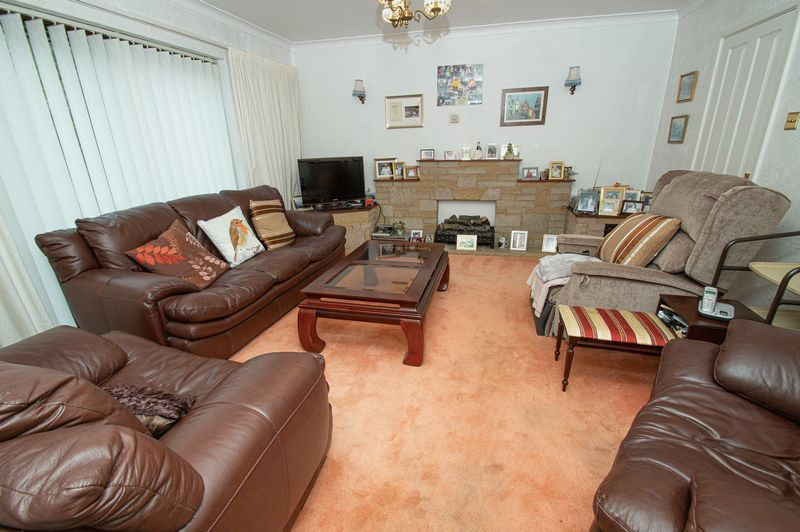 3 bed house for sale in Ladygrove Close 2
