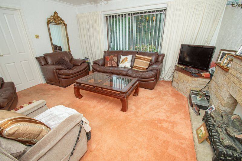 3 bed house for sale in Ladygrove Close 4