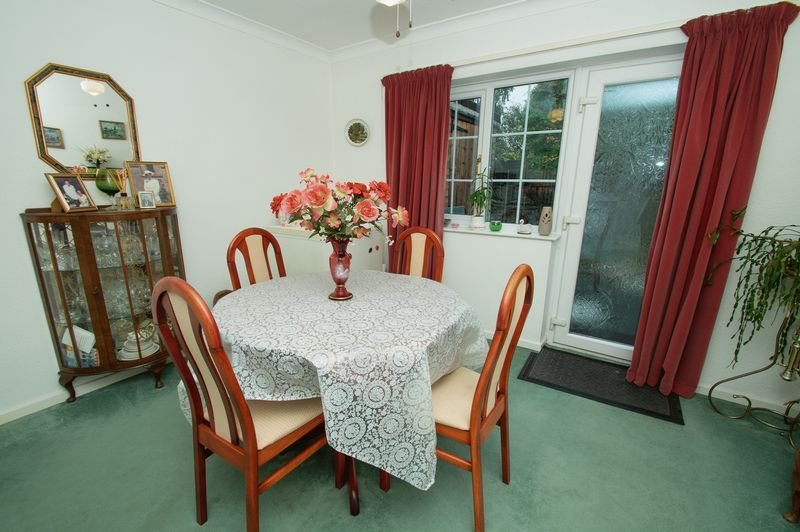 3 bed house for sale in Ladygrove Close 5