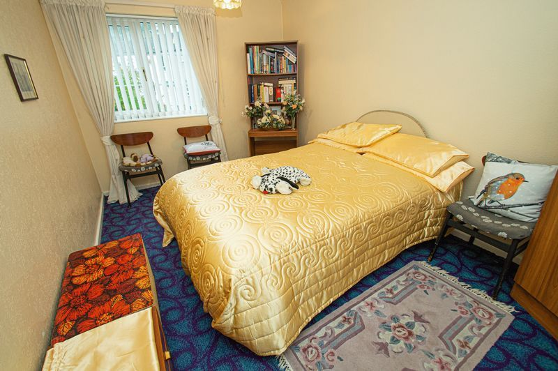 3 bed house for sale in Ladygrove Close  - Property Image 8