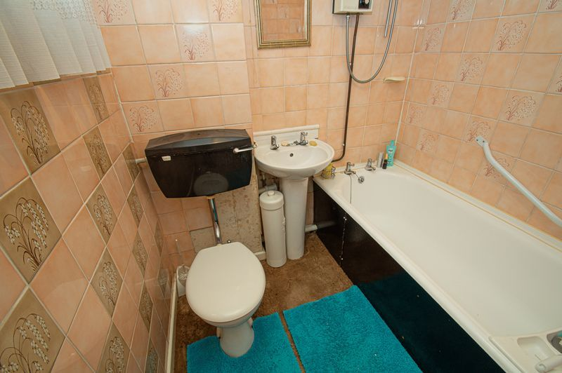 3 bed house for sale in Ladygrove Close  - Property Image 10