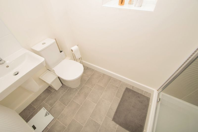 3 bed house for sale in Wedgwood Avenue  - Property Image 10