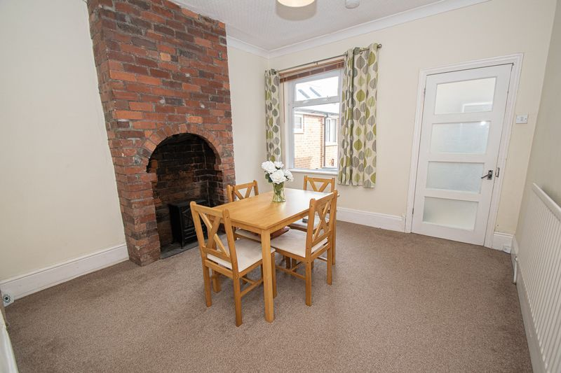 2 bed house for sale in Highfield Road 3
