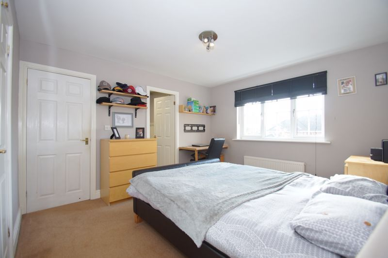 5 bed house for sale in Findon Close  - Property Image 17