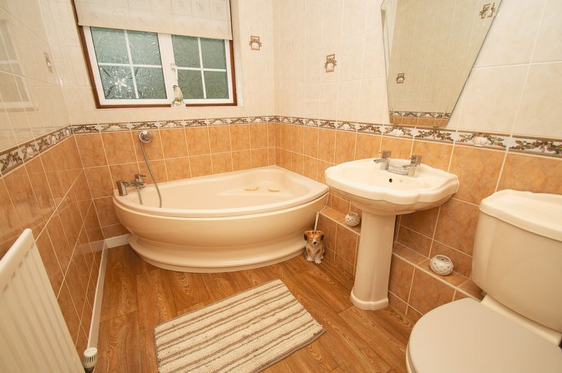 3 bed bungalow for sale in Church Lane 14