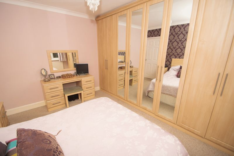 4 bed house for sale in Haden Park Road  - Property Image 7