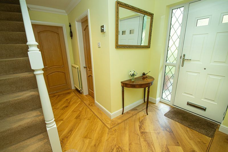 4 bed house for sale in Chesterton Close 11
