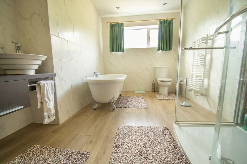 4 bed house for sale in Illshaw Close  - Property Image 11