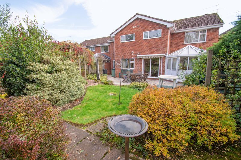 4 bed house for sale in Illshaw Close 14