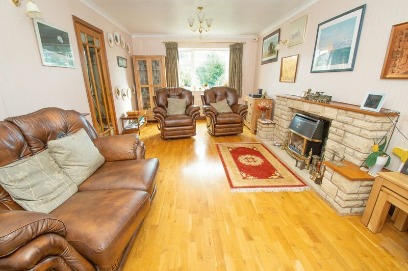4 bed house for sale in Illshaw Close 3