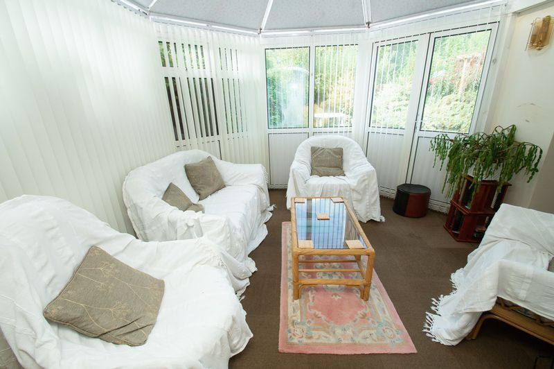4 bed house for sale in Illshaw Close 4