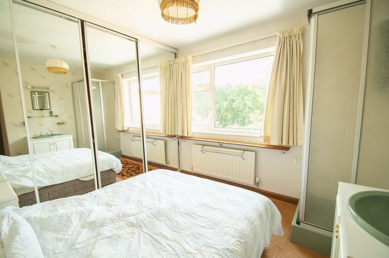 4 bed house for sale in Illshaw Close 9