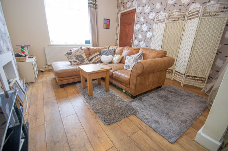 2 bed house for sale in Ross 2
