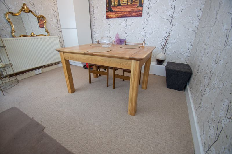 2 bed house for sale in Ross 4