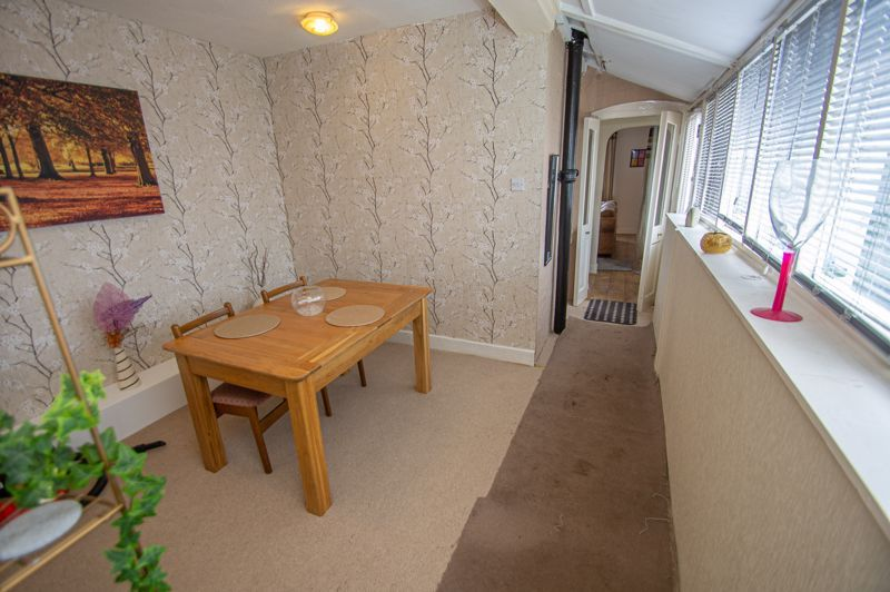 2 bed house for sale in Ross 5