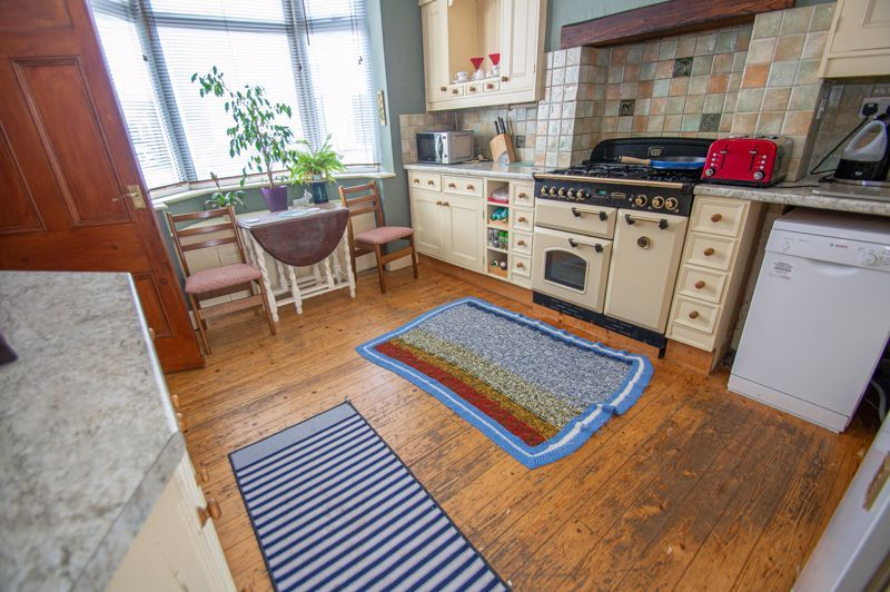 2 bed house for sale in Ross 6