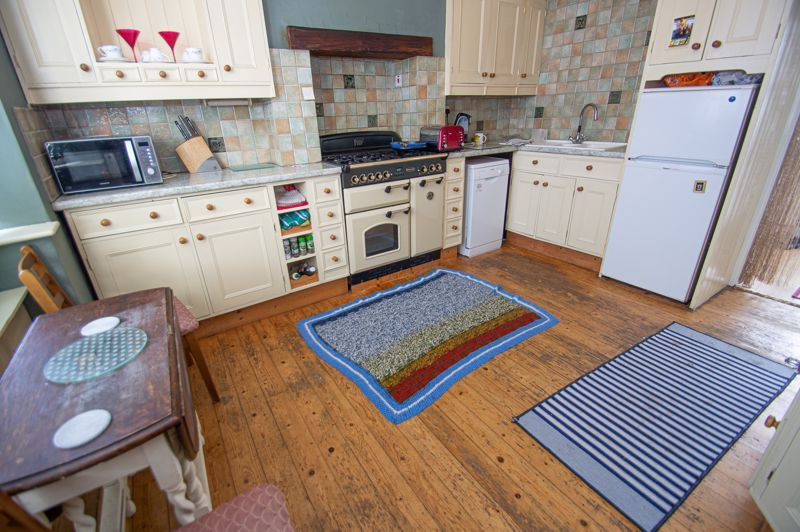 2 bed house for sale in Ross 7