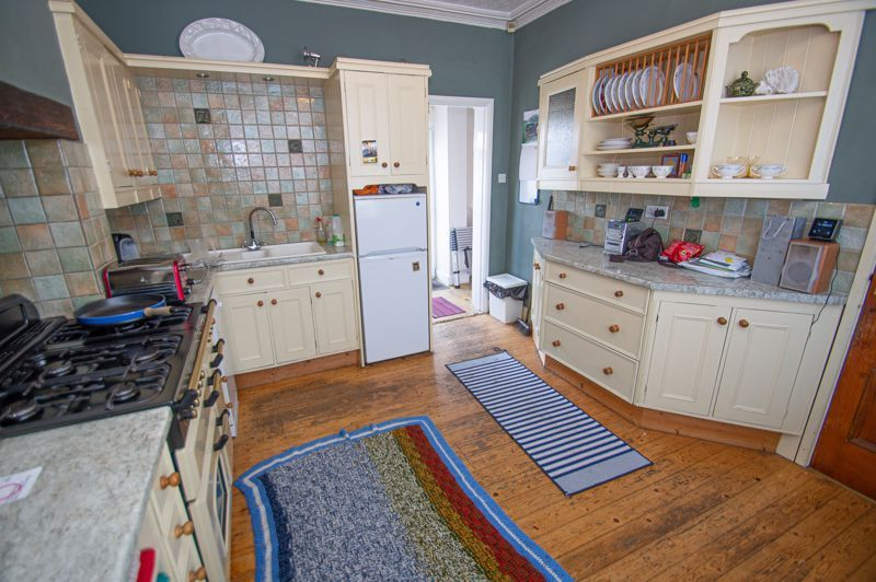 2 bed house for sale in Ross 8