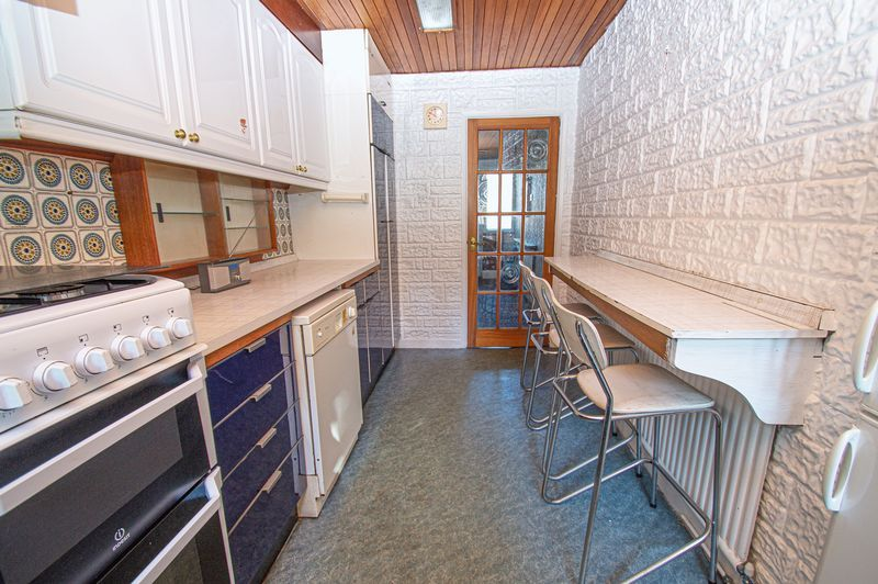 3 bed house for sale in Barrs Road  - Property Image 5