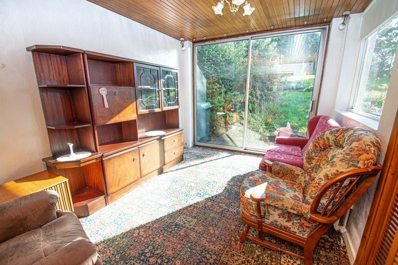 3 bed house for sale in Barrs Road 6