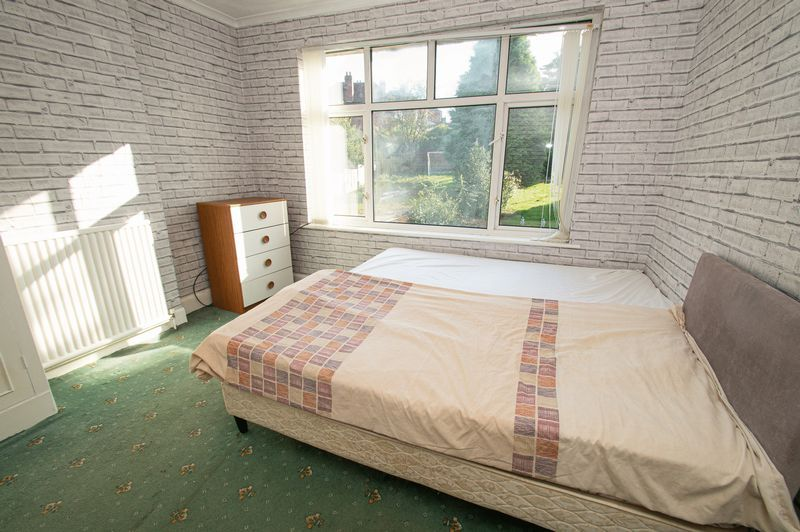 3 bed house for sale in Barrs Road 8
