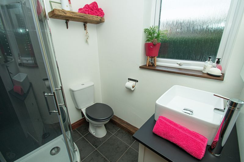 3 bed house for sale in Longhope Close  - Property Image 11