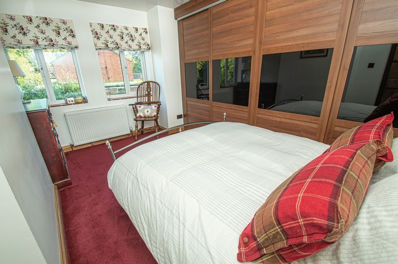 3 bed house for sale in Longhope Close  - Property Image 12