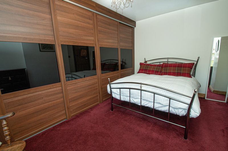 3 bed house for sale in Longhope Close  - Property Image 13