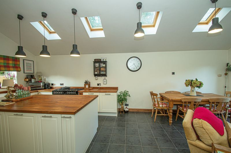 3 bed house for sale in Longhope Close  - Property Image 4