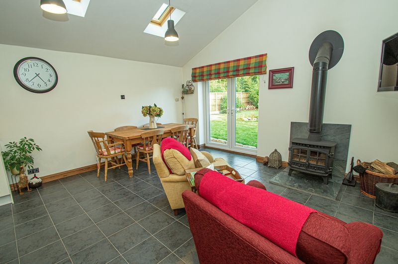3 bed house for sale in Longhope Close  - Property Image 5
