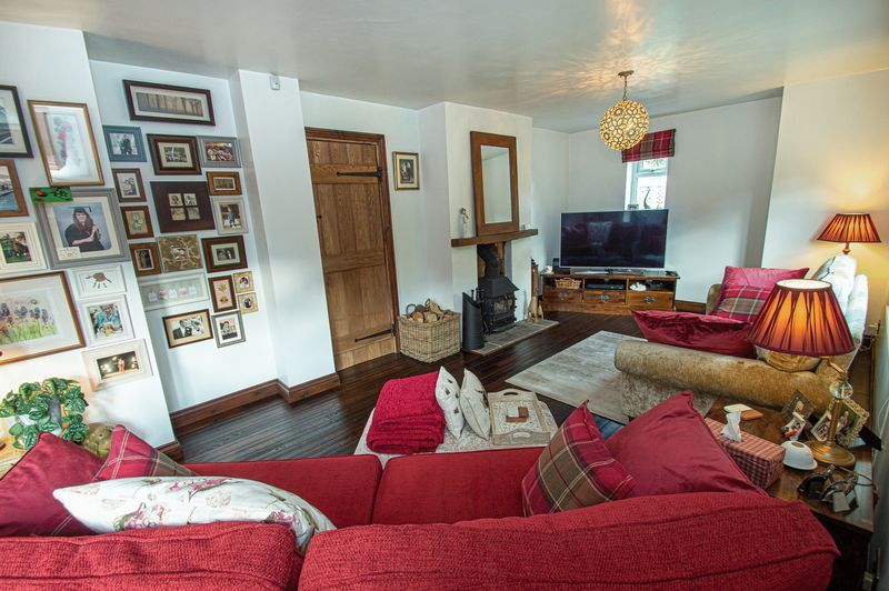 3 bed house for sale in Longhope Close  - Property Image 7