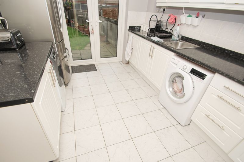 3 bed house for sale in Trimpley Road  - Property Image 6