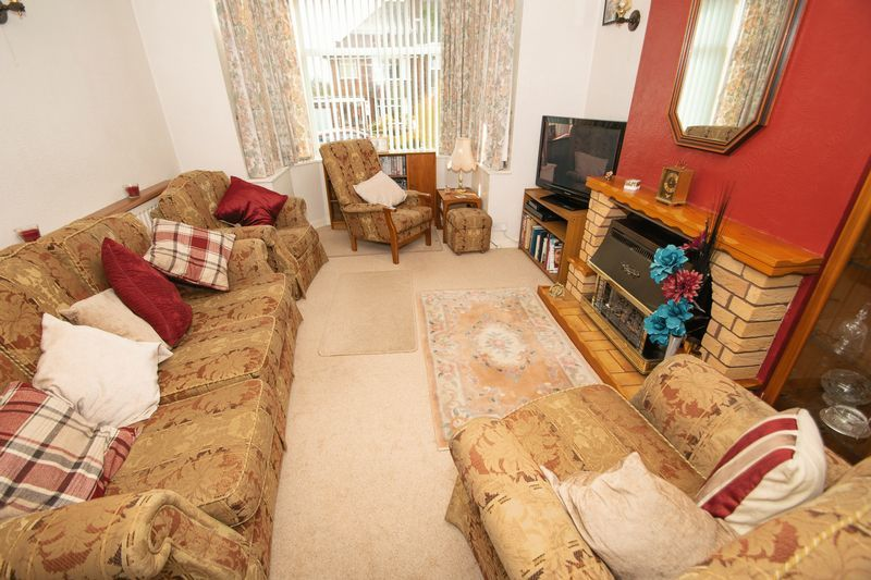 3 bed house for sale in Raddens Road 3