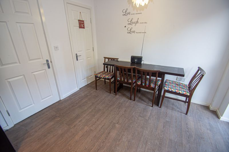4 bed house for sale in Arlingham Avenue 6