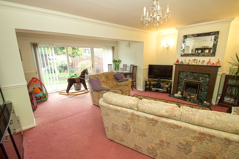 3 bed house for sale in Leavale Road  - Property Image 4