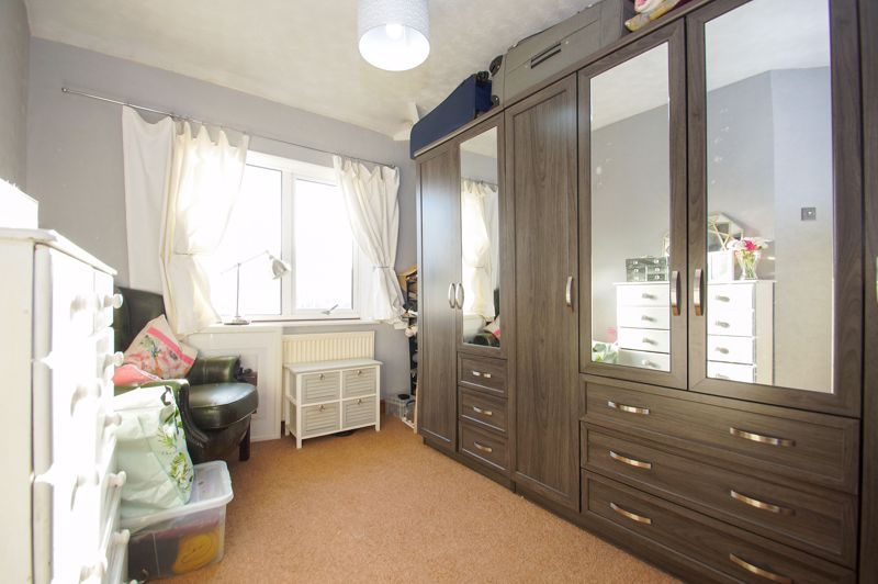 2 bed house for sale in Holcroft Road  - Property Image 8
