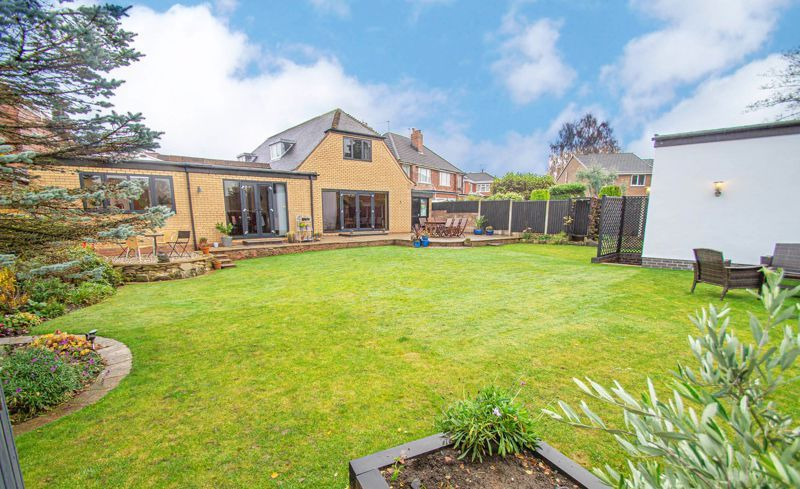 3 bed house for sale in Newfield Crescent 20