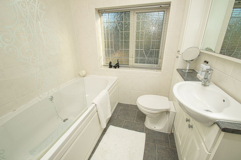 3 bed house for sale in Longmoor Road  - Property Image 12