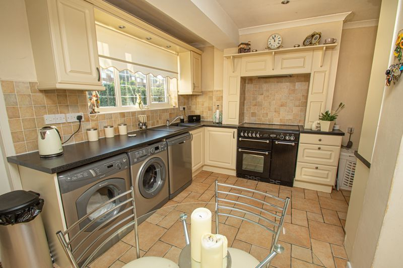 3 bed house for sale in Longmoor Road 6