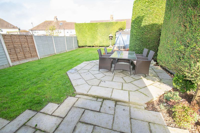 3 bed house for sale in Dobbins Oak Road 12