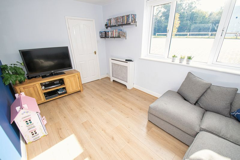 3 bed house for sale in Dobbins Oak Road 3